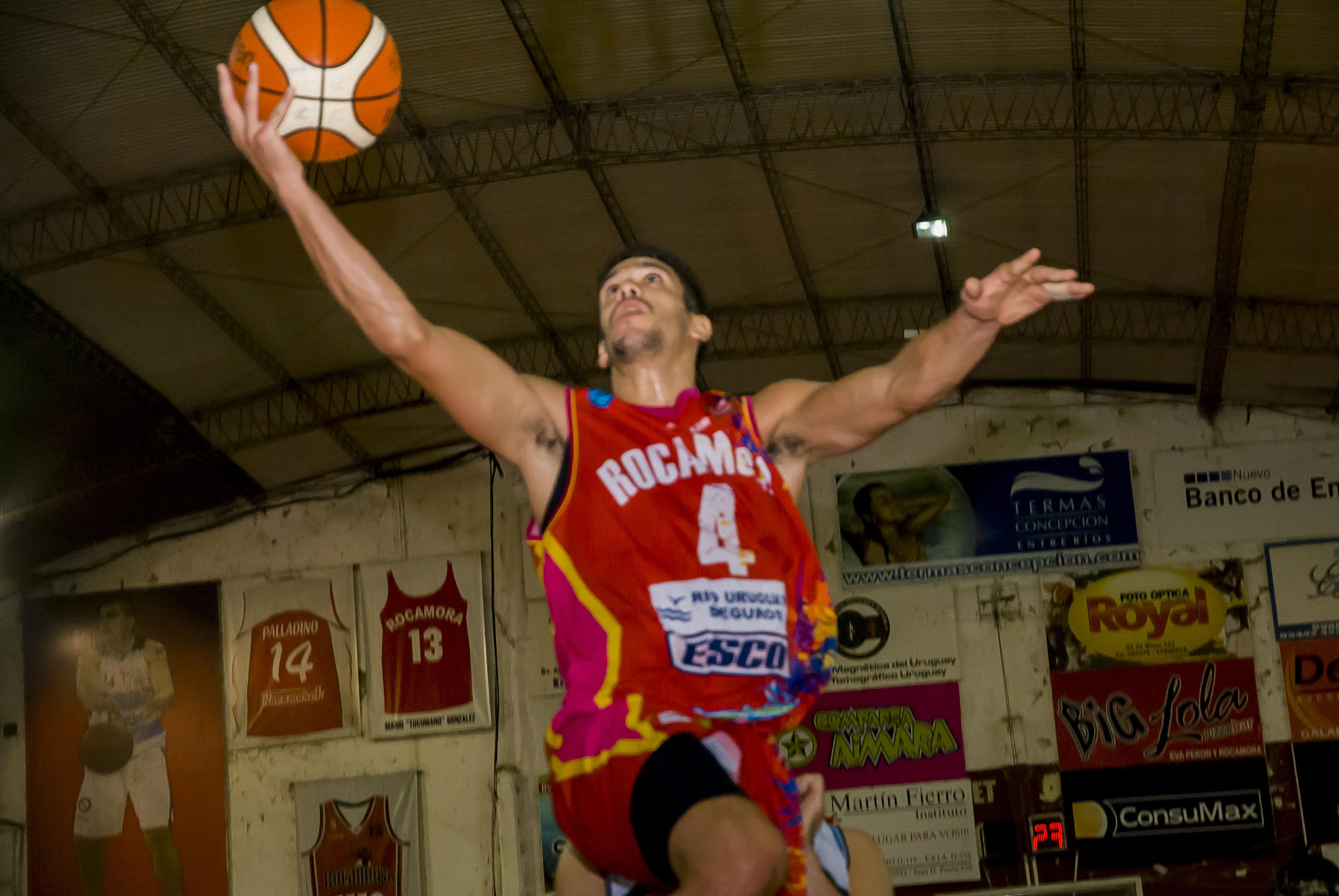 Mauro Araujo debuta en el 3X3