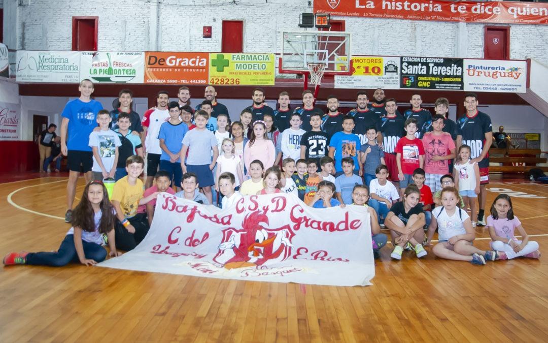 Visita de los clubes Bajada Grande y Sarmiento