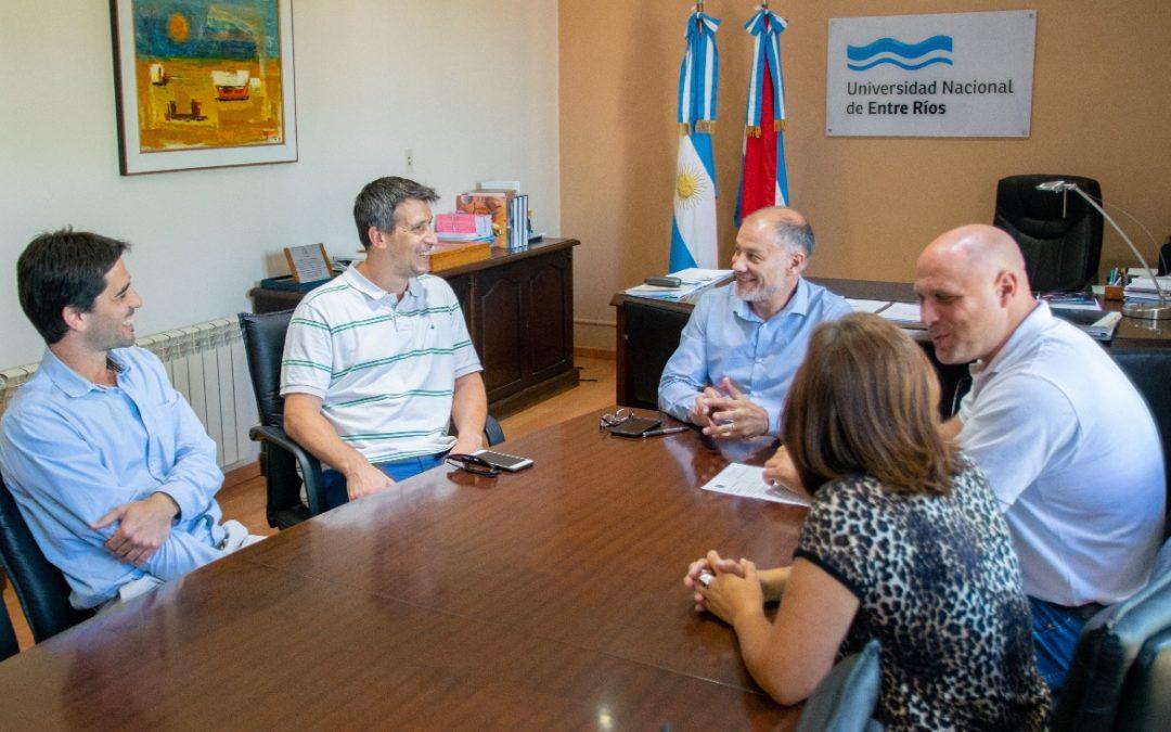 Rocamora y la Universidad de Entre Ríos firmaron un convenio para promover acciones conjuntas